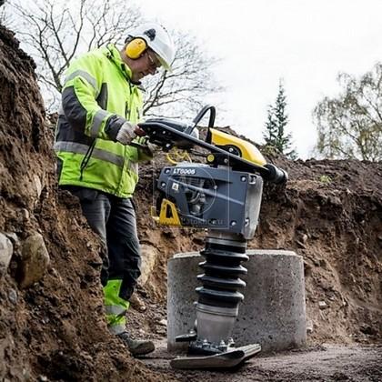 """Вибротрамбовка бензиновая, без индикатора воздушного фильтра и счетчика ATLAS COPCO LT 6005 11"""" (Швеция)"""