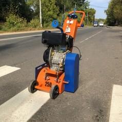Демаркировочная машина для снятия асфальта, дорожной разметки и бетонного покрытия (с барабаном)LATOKHO DM 250 D (Россия)